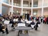Polizeiorchester und Besucher